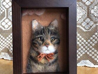 羊毛フェルト 猫のレリーフの画像