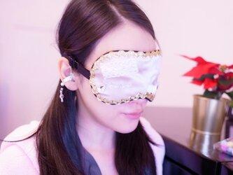 【当店一押し!】シャンパンゴールド 泣き顔 クリスタル涙目 シルク アイマスク レース アイマスク おしゃれアイマスクの画像