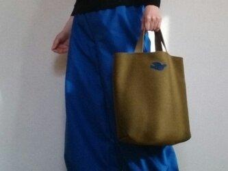 ツイードトートバッグ上品オリーブ色と青い小鳥さんの画像
