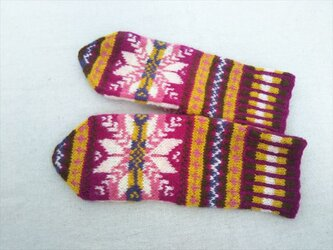 手紡ぎ毛糸のミトン【赤紫と黄色】の画像