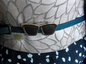 真鍮ブラス製 サングラス・大き目メガネ帯留め 着物や浴衣の帯締めの飾り・ブレスやチョーカー飾りにの画像