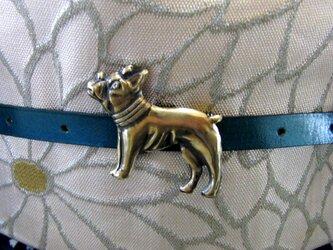 真鍮ブラス製 餌を待つパグ犬風帯留め 着物や浴衣の帯締めの飾り・ブレスやチョーカー飾りにの画像