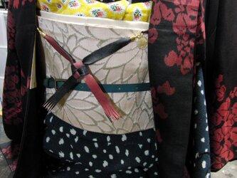 柔らかいレザーにて縁起の良い叶結びの赤黒,羽織紐 着物や浴衣の羽織に!本革に色止め3回加工の画像