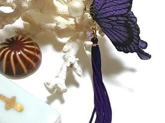 蝶のピアス 大 (アゲハ)の画像
