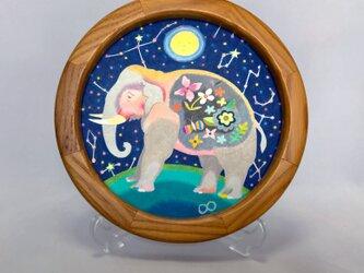 色鉛筆作品「おやすみ、お月さま」の画像