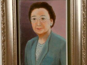 ミニチュア肖像画 オーダーメイドの参考見本「亡き母をしのんで」の画像