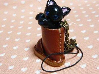 にゃんこのしっぽ○レザーブーツのストラップ〇黒猫ブルーアイの画像