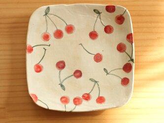 粉引きサクランボのトースト皿の画像