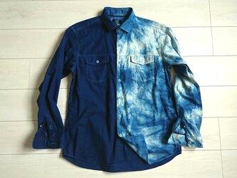 ◆100%自然素材 天然灰汁発酵建て 本藍染◆ ☆エノクの輪ブランド☆ むらくも染めデザインシャツの画像