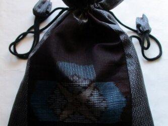 送料無料 大島紬で作った巾着袋 3987の画像