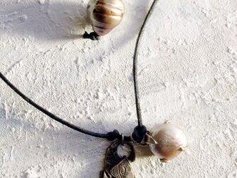 淡水パールブラウン ネックレスの画像