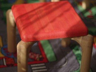 転びにくい木製子供椅子(チャイルドチェア)の画像