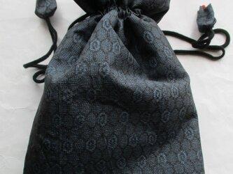 送料無料 藍大島紬で作った巾着袋 3991の画像