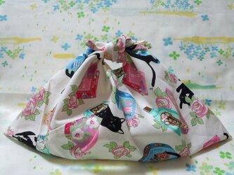【手縫い】☆あづま袋☆横32㎝☆黒猫レトロコスメ柄・白地☆お弁当袋・バッグインbag・エコバッグの画像