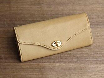 【送無】一点物!革の長財布 ---ひねり金具がかわいい人気の形 [クチナシ色]の画像