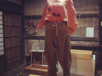麻×ウール+羊毛フェルト ケープ 茜染めの画像