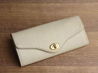 【送無】一点物!革の長財布 ---ひねり金具がかわいい人気の形 [アイボリー色]の画像