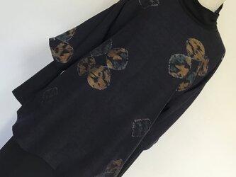 1226    着物リメイク    チュニック    七分袖    手織り真綿紬    濃紺の画像