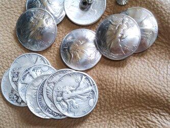 アメリカ 本物ウォーキングLibertyコイン コンチョ の画像