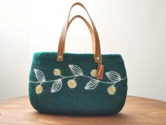 羊毛フェルトバッグ/つる草 緑の画像