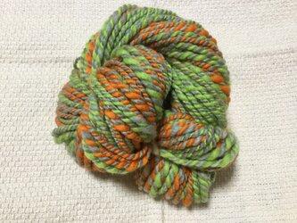 【手紡ぎ糸(スピンドル)の販売です✨】  メリノウール シルク その他 50gの画像