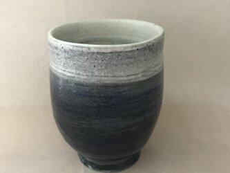青いの湯呑み茶碗の画像