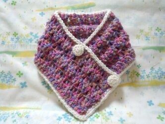 手縫い屋☆編み編み☆おしゃれネックウォーマー64㎝☆紫桃色混ざり&白☆くるみボタン2個☆ウール100%☆ギフトの画像