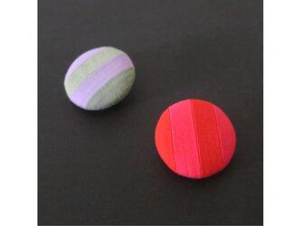 2色から選ぶ[ブローチ&クリップ]ストライプ/B−5_M_COLORの画像