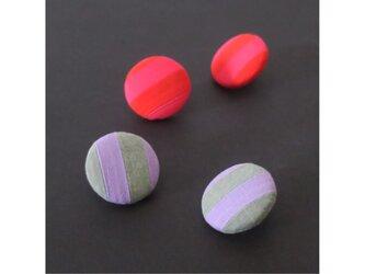 2色から選ぶ[両耳用イヤリング]ストライプ/E-9_L_COLORの画像