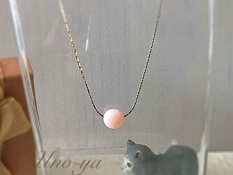10月誕生石ピンクオパール一粒ネックレスの画像