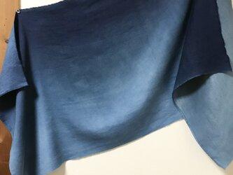 本藍グラデーション染  毛×絹 大判マフラーの画像
