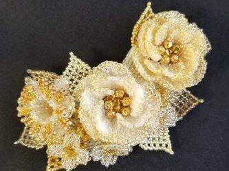 バレッタ Bouquet  (ゴールドカメリア)の画像