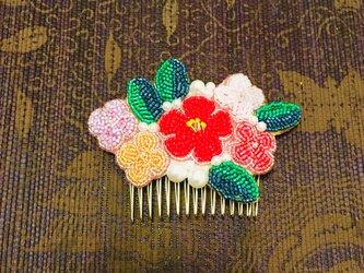 ビーズ刺繍 着物ヘア飾りの画像