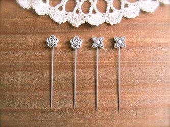 メタルお花ビーズの待ち針 2種4本セットの画像
