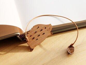 おいかけっこ!いのしし 木製ブックマークの画像