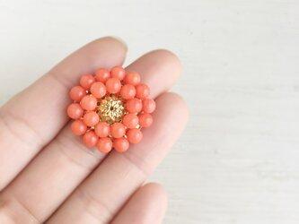 アンティークレトロなサーモンピンク珊瑚の帯留めの画像