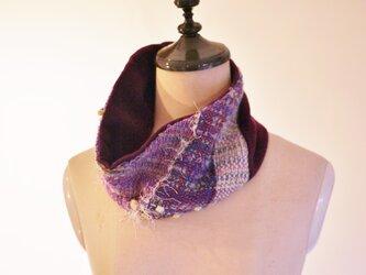 手織り ニットスヌードの画像