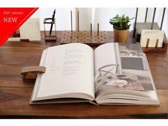真鍮とウォールナットのブッククリップ No2の画像