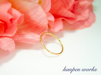 14kgf シンプル スパークルリング 指輪 の画像