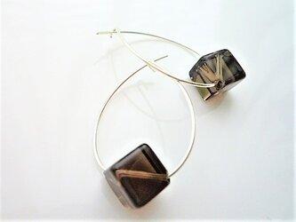 シルバー925珍しいキューブ型スモーキークォーツの(黒水晶)ドロップピアスsの画像