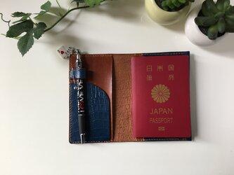 パスポートケース☆藍×キャメル♬の画像