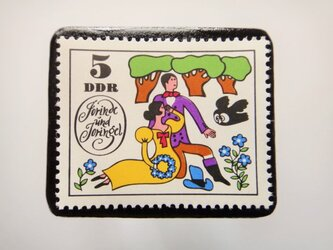 旧東ドイツ  童話切手ブローチ4599の画像