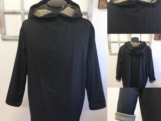 男女兼用❤️裏付きバイカラーフードトップス 黒×カーキ(サイズ メンズM、レディースL)の画像