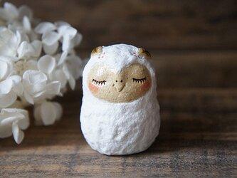陶器の雪ふくろうだるまさん*bの画像