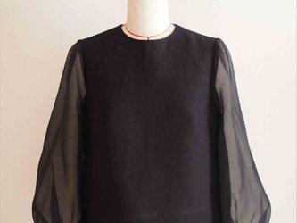 ripple -black blouse-の画像