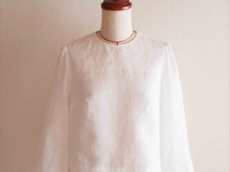 ripple -white blouse-の画像