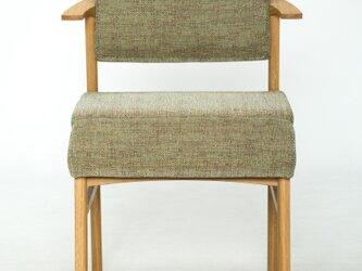 女性にやさしい椅子の画像