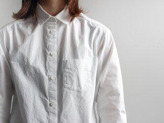 タイプライターコットンスタンダードシャツ/whiteの画像