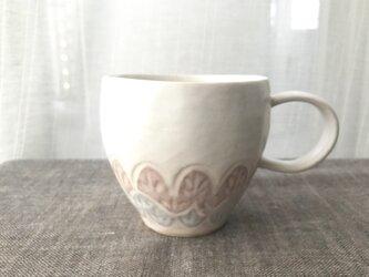 淡雪色 レリーフ模様のマグカップ 01-3の画像