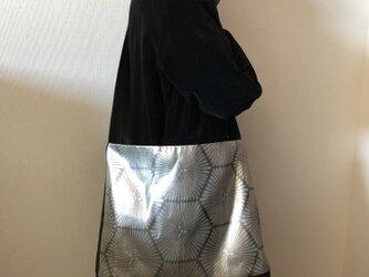 亀甲菊文様袋帯リメイクObiBagの画像